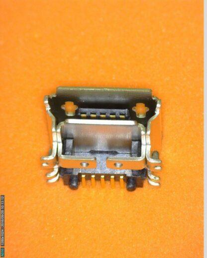 TomTom-Start-Via-Charging-port-700x700-1